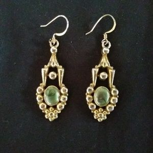 Vintage 1928 Green and Gold Tone Dangle Earrings